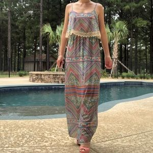 Dresses & Skirts - 70s STYLE MAXI DRESS